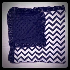 Minky soft baby blanket: black and white Chevron